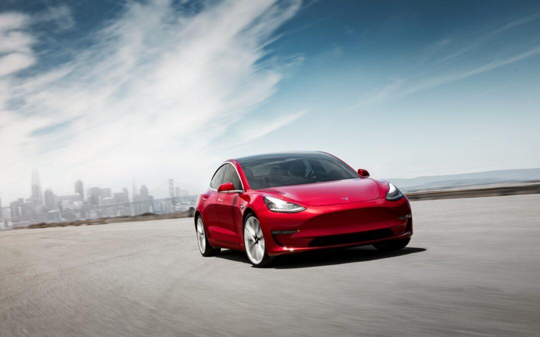 1: Hvordan får en almindelig familie råd til en Tesla 3?